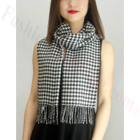Woven Cashmere Feel Small Hounds Tooth Scarf Black/White