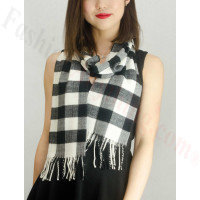 Woven Cashmere Feel Plaid Scarf Z12 Black / White